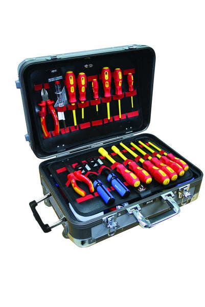 ALUM.TOOL CASE ON WHEELS C/W 72 PCS OF TOOLS