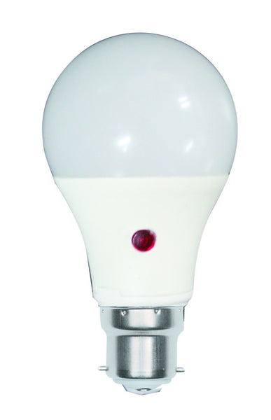 230VAC 5W COOL WHITE LED DAYLIGHT SENSING LAMP B22