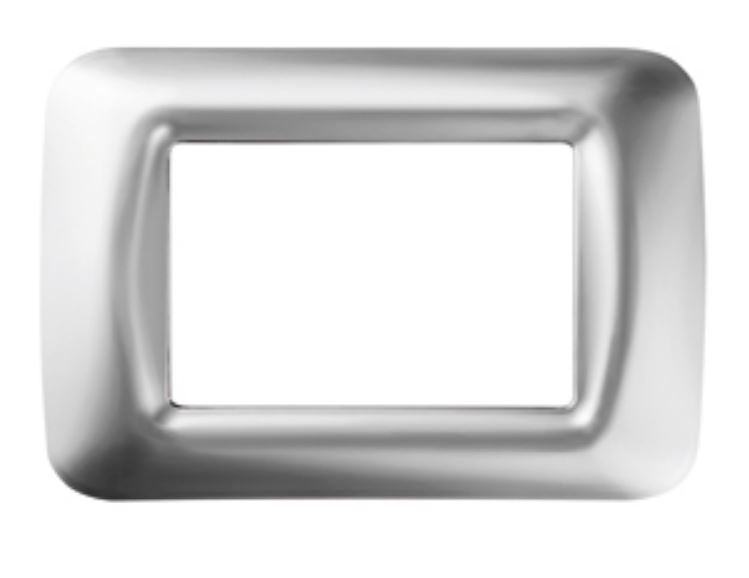 TOP SYSTEM 3 GANG PLATE - SOFT CHROME