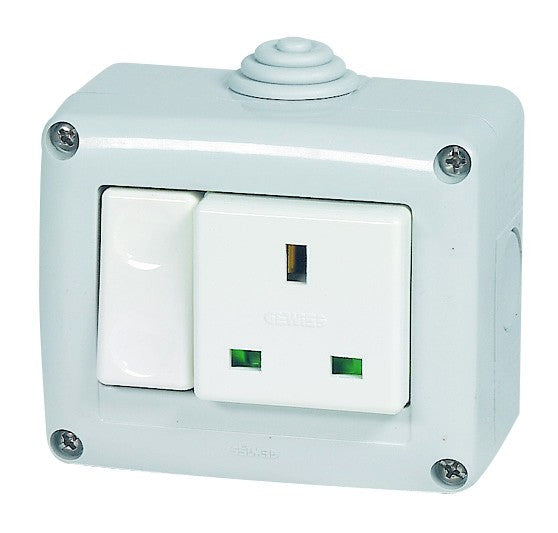 15A RSA 15A SURFACE SW SOCKET IP40