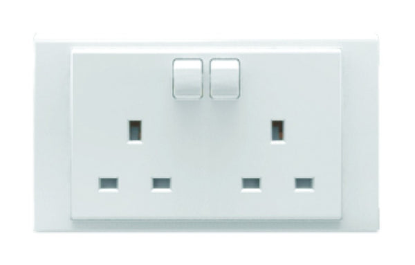 DOUBLE BRITISH SWITCHED SOCKET 13A WHITE FOR 6X3 BOX