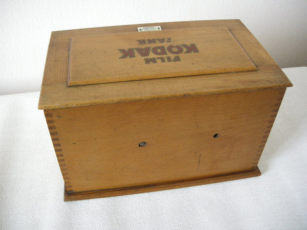 VINTAGE KODAK FILM DEVELOPING TANK WITH LIZARS OPTICIAN ABERDEEN LABEL