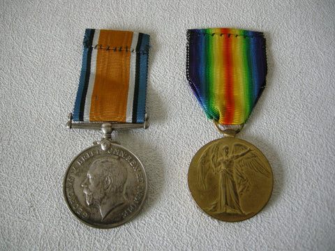 Pair of World War 1 British War & Victory medals to Private G C Pearson Royal Scots