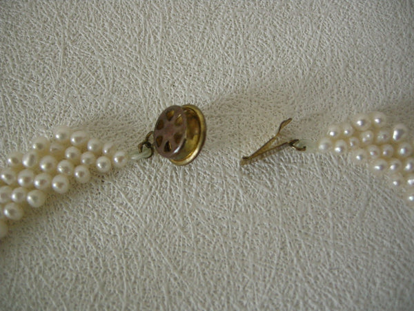 VG quality vintage two colour pearl necklace in excellent condition