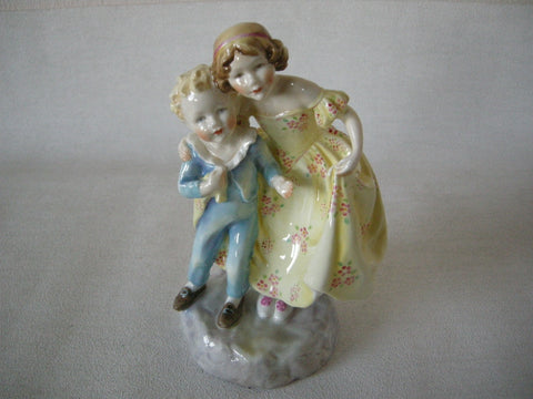 "EARLY ROYAL WORCESTER DOUGHTY ""SISTER"" FIGURE"
