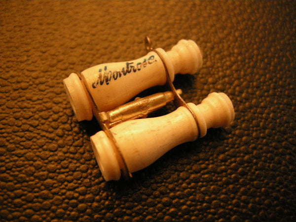 TINY STANHOPE BINOCULARS OF MONTROSE SIGHTS
