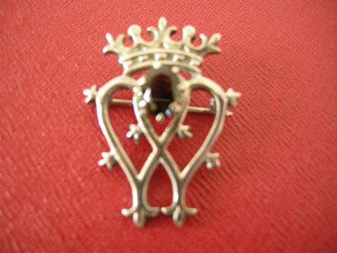 Boxed Edinburgh silver Luckenbooth brooch