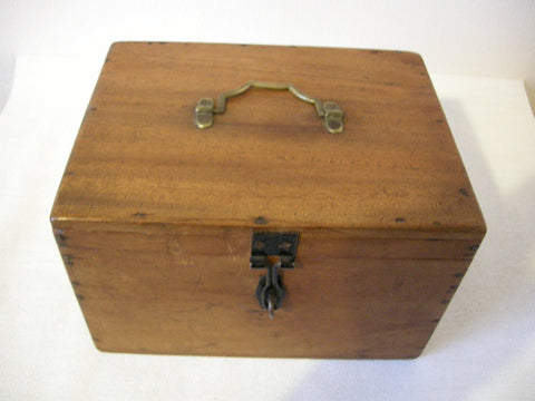 1920-30s Fitted wooden egg box