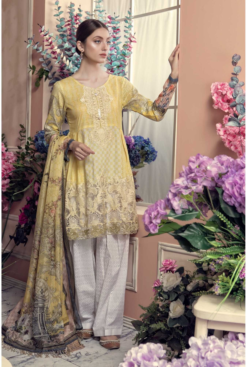 Aayra Spring Lawn 2019 by Maria B suit D-301A