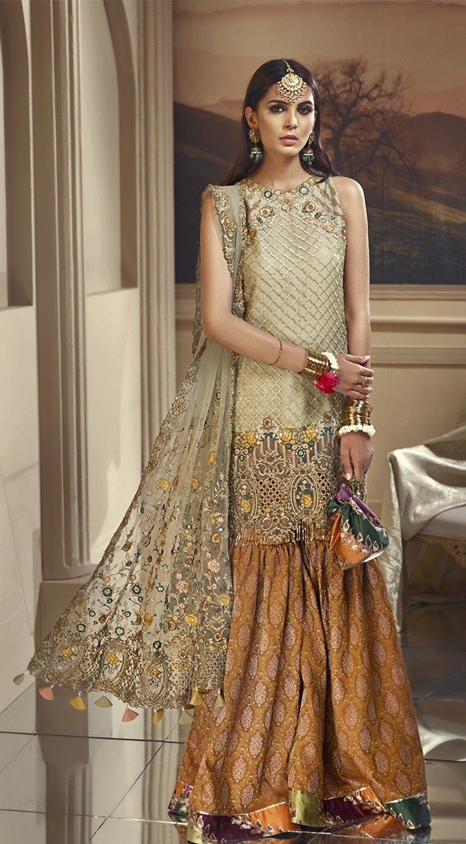 Anaya the Wedding Edition 2018 suit Henna Garden