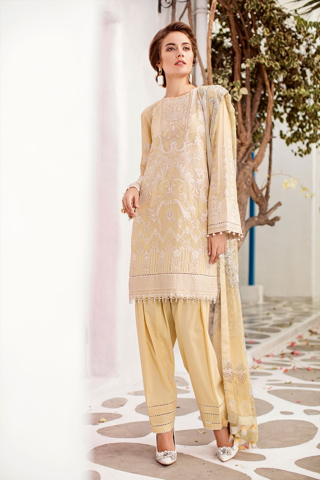 Baroque Swiss Voile Lawn suit Iceberg