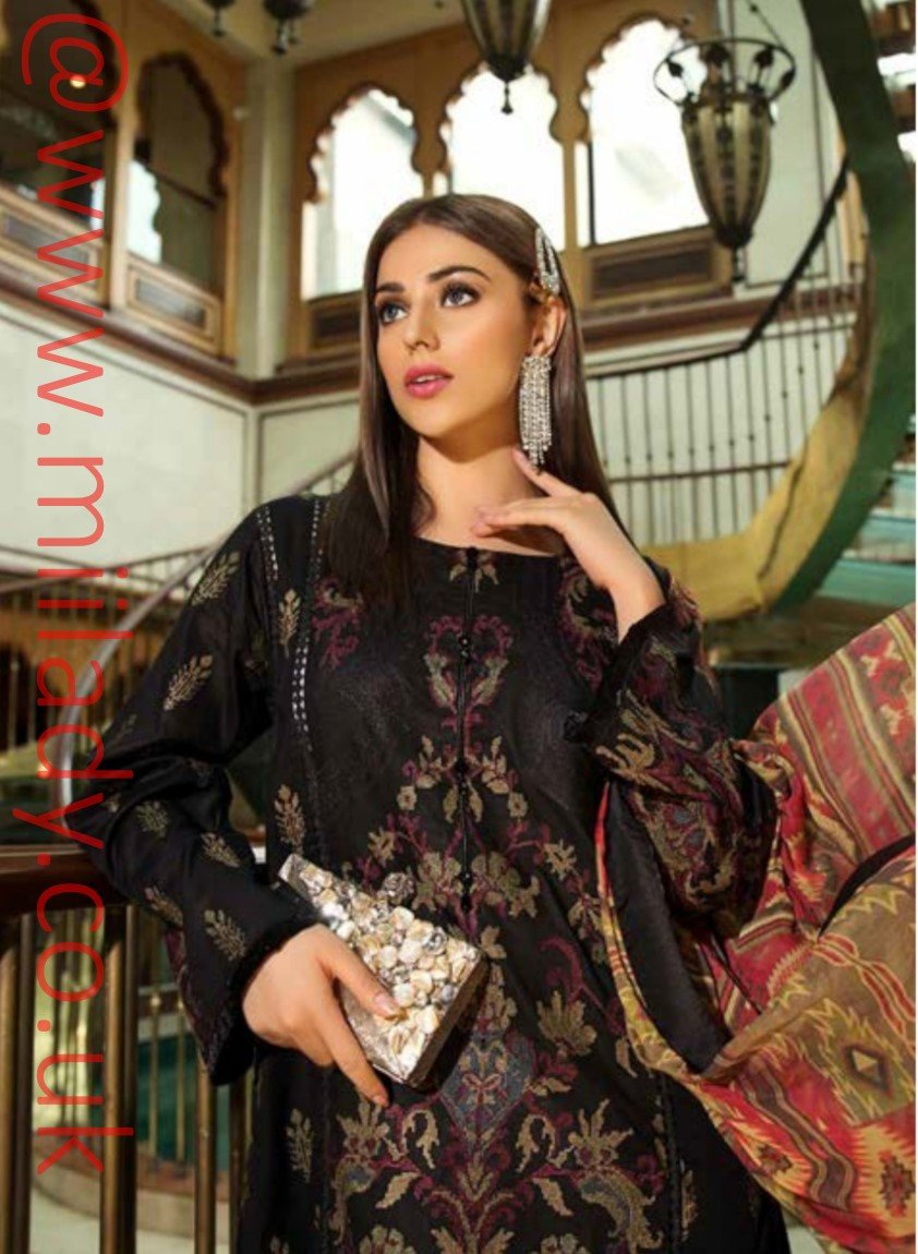 Eshaisha Luxury Embroidered Eid 2019 suit EA-514 - Black Lawn Kameez with printed chiffon dupatta