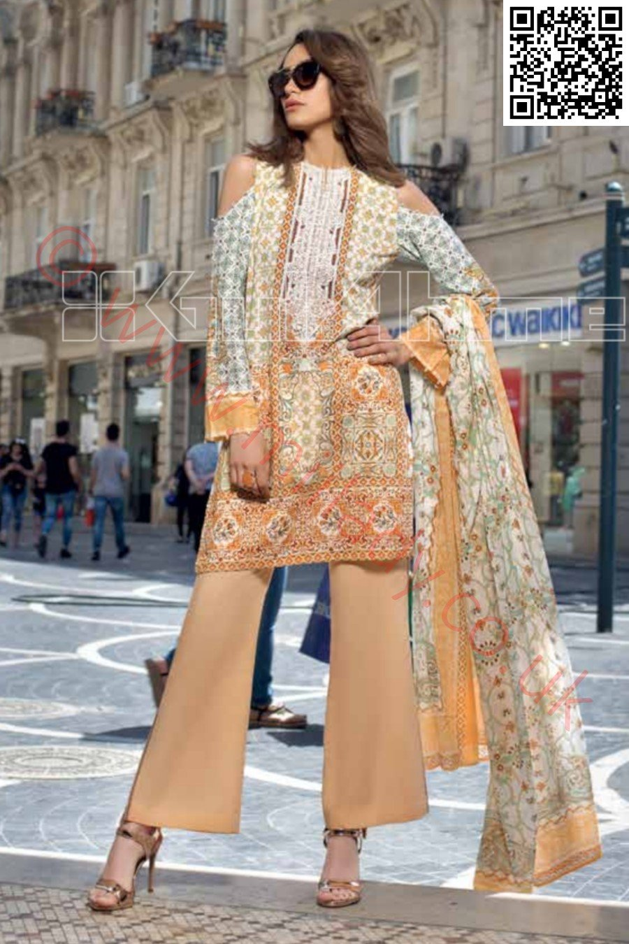 Gul Ahmed Pre-Fall Cambric suit CBE-61 - Printed Kameez with embroidered neckline with dyed bottom