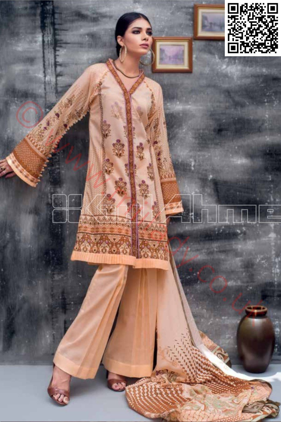 Gul Ahmed Pre-Fall Cambric suit CN11 - Printed Kameez with cotton Net Dupatta