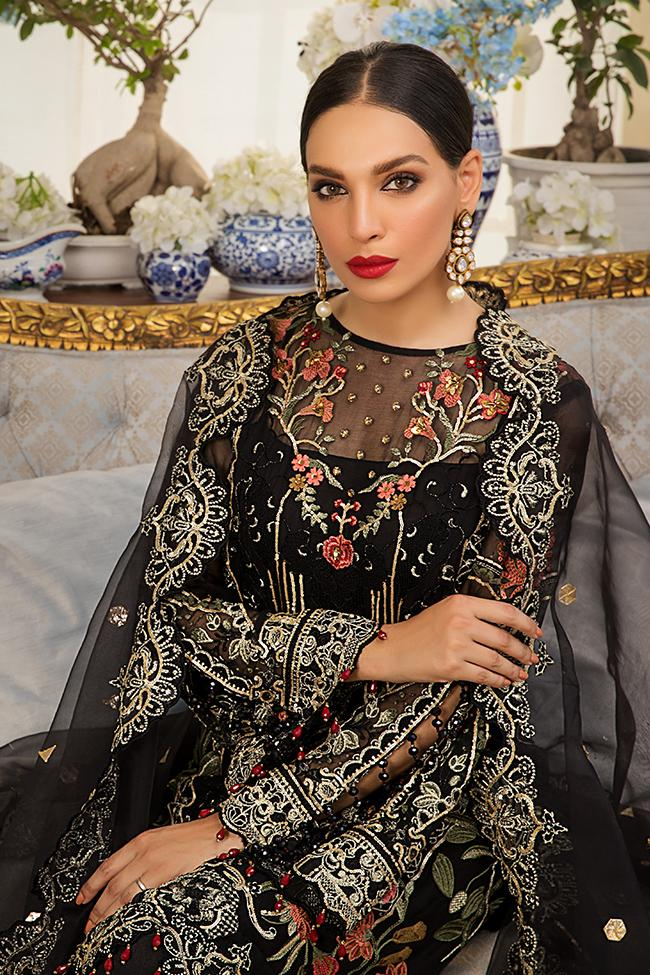 Gulaal Jardin D'Amour 2019 Luxury suit Noire - Embroidered, hand-worked chiffon kameez, silk bottom and embroidered organza dupatta
