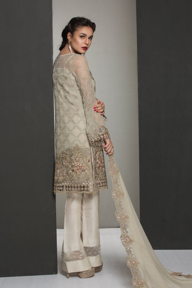 Jazmin Chiffon Vol-4 suit Touch of Sparkle - Embroidered Chiffon kameez with dyed Russian Grip Trouser