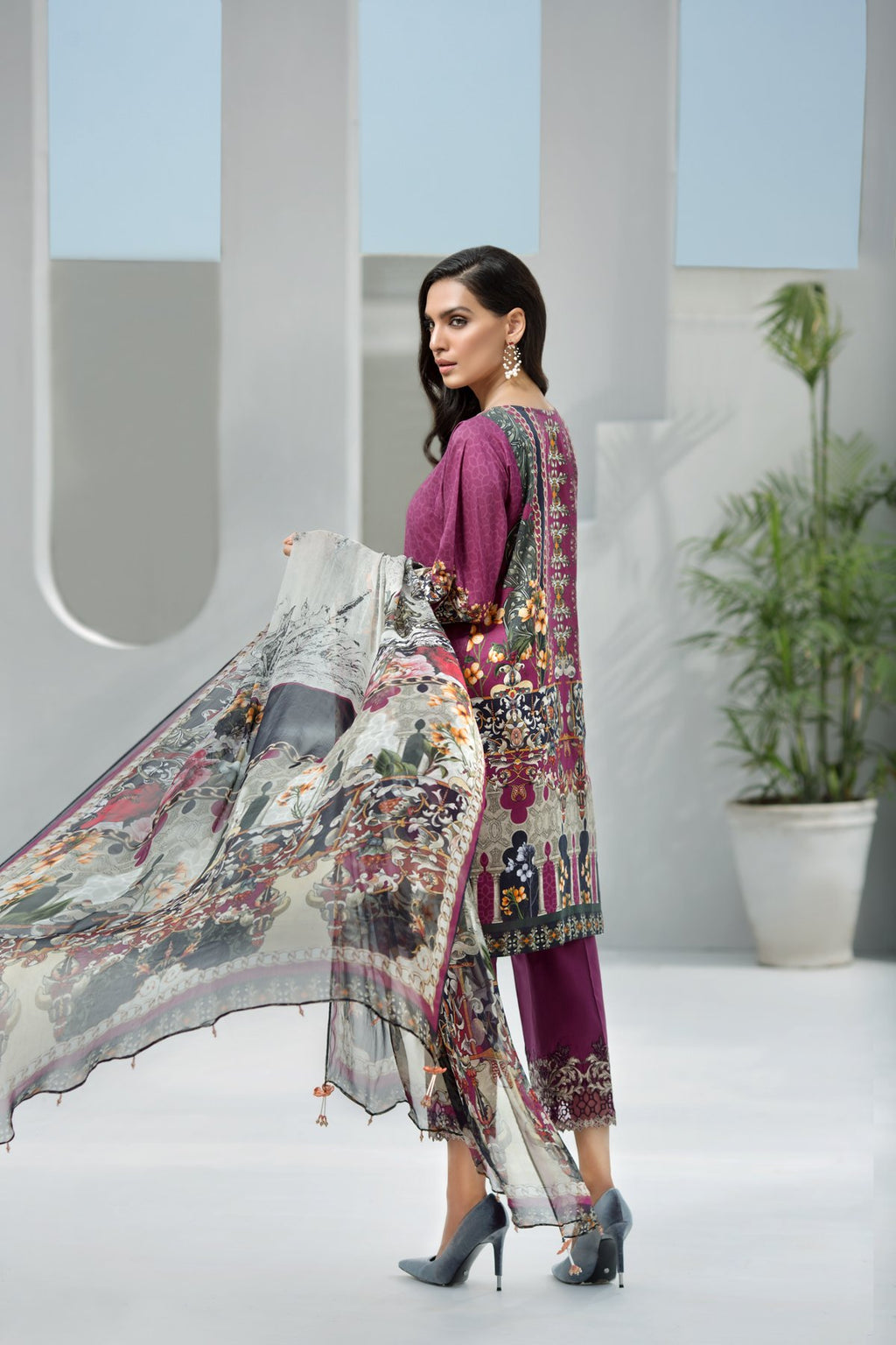 Jazmin IRIS Vol-2 2019 Lawn suit Grapevine