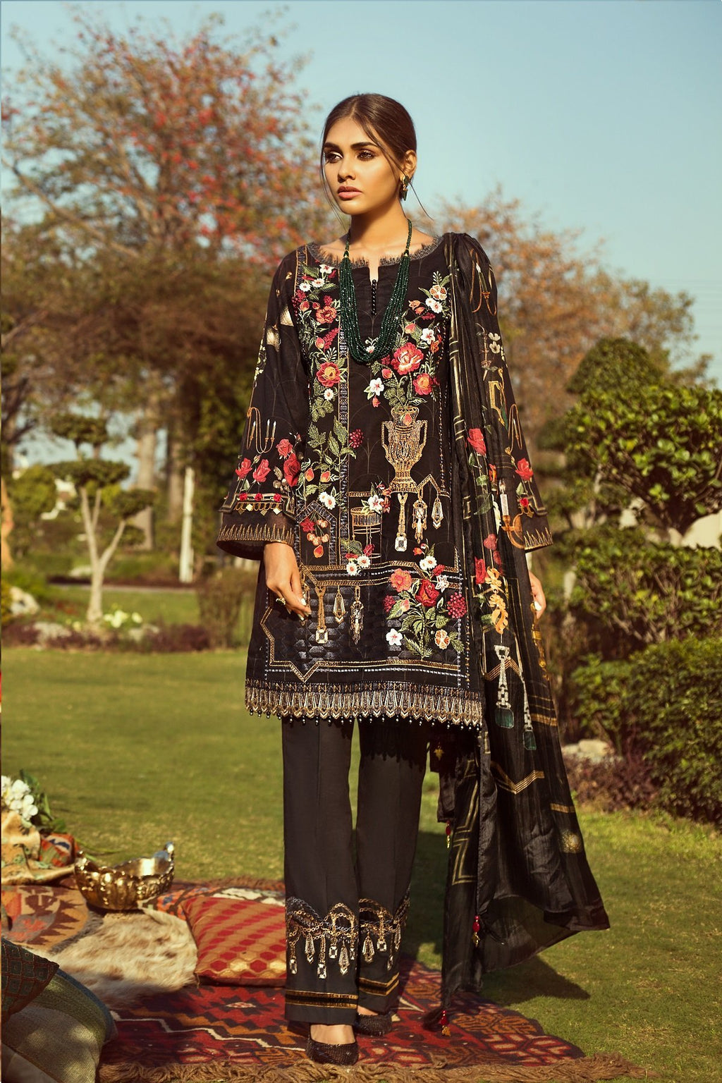 Jazmin Persuit Of Wanderlust suit Lawn 2019 Black Titania