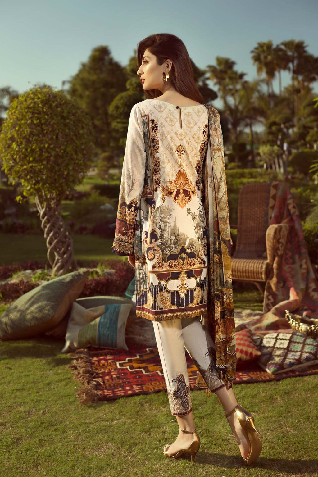 Jazmin Persuit Of Wanderlust suit Tribal Glory - Embroidered peach lawn kameez, dyed trouser with patches and chiffon dupatta