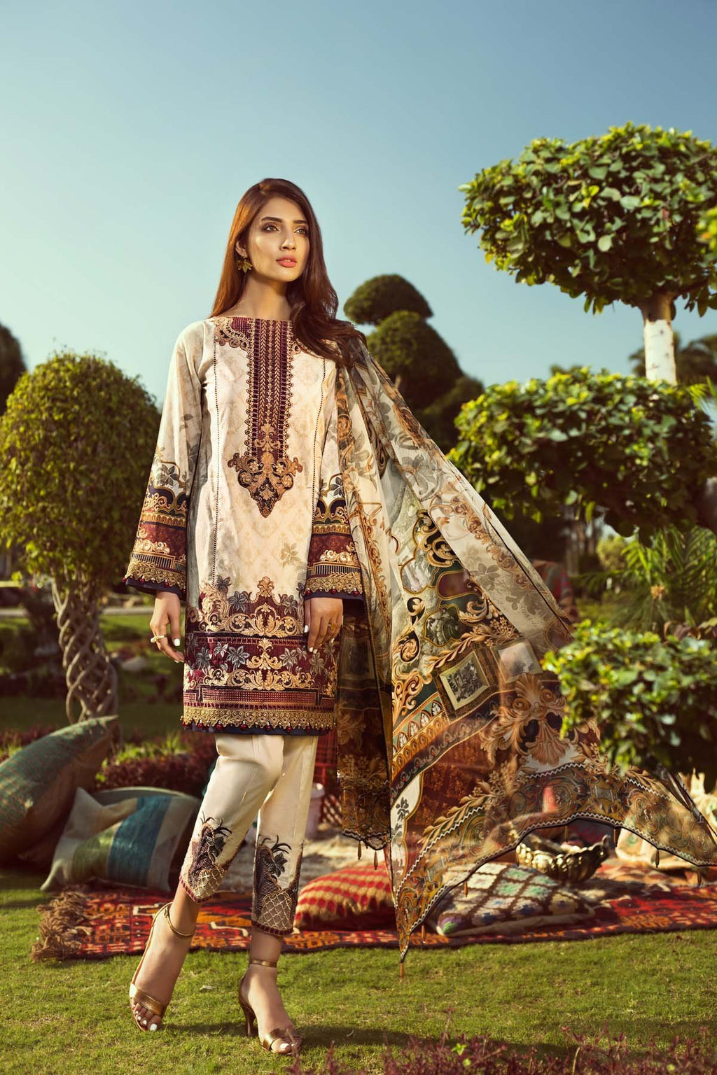 Jazmin Persuit Of Wanderlust Lawn 2019 suit Tribal Glory