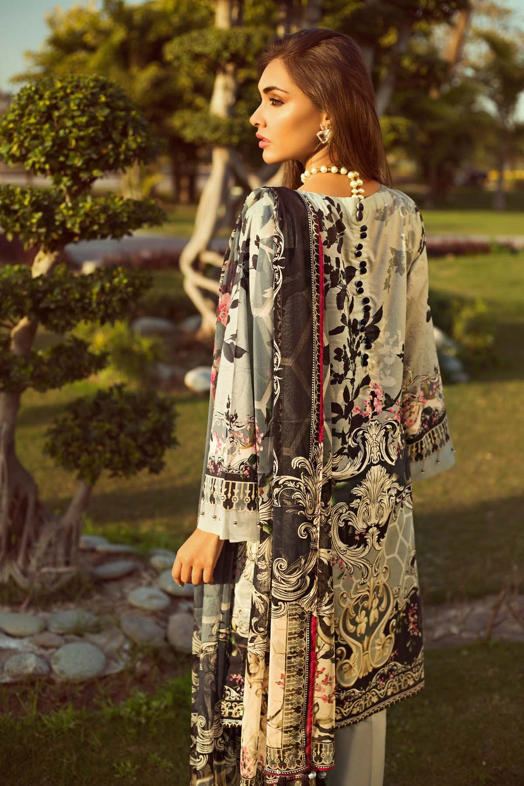 Jazmin Persuit Of Wanderlust Lawn suit Oriental Aura  - Embroidered grey lawn shirt, printed back and chiffon dupatta