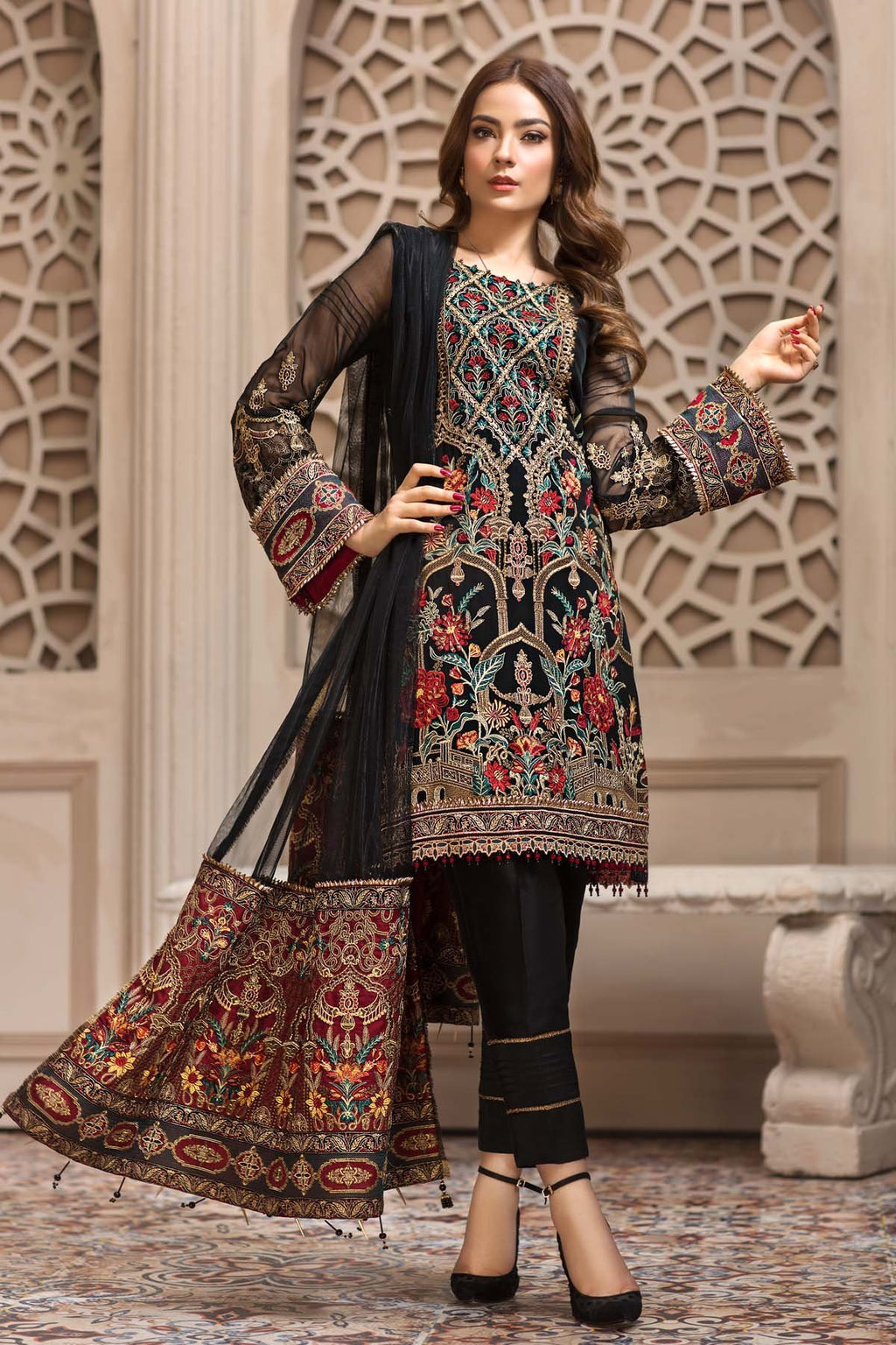 Jazmin SHAHNAMEH Eid Collection 2019 suit Leilyn
