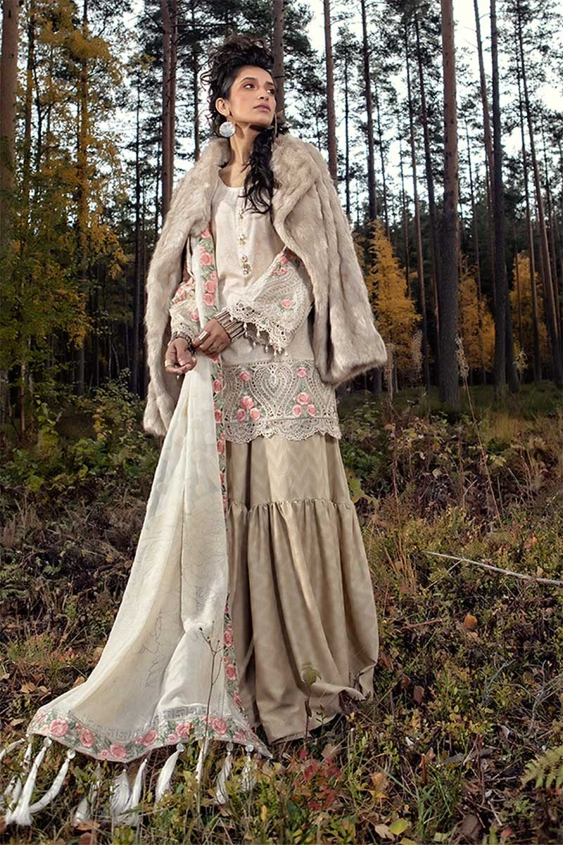 Maria B Linen Fall/Winter 2018 DL-608 - Beige Colour Karandi Kameez, cambric trousers and plushy shawl