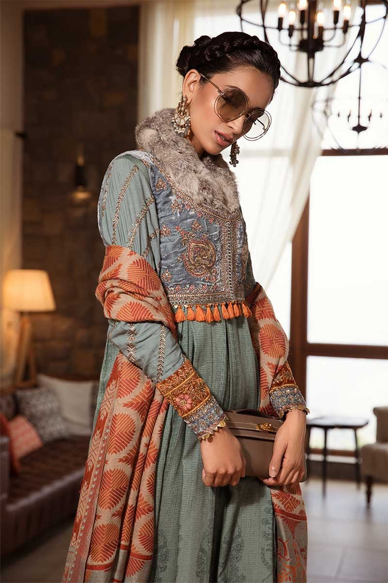 Maria B Linen Winter 2019 DL-708 Embroidered Teal Linen Salwar kameez with Woven Shawl