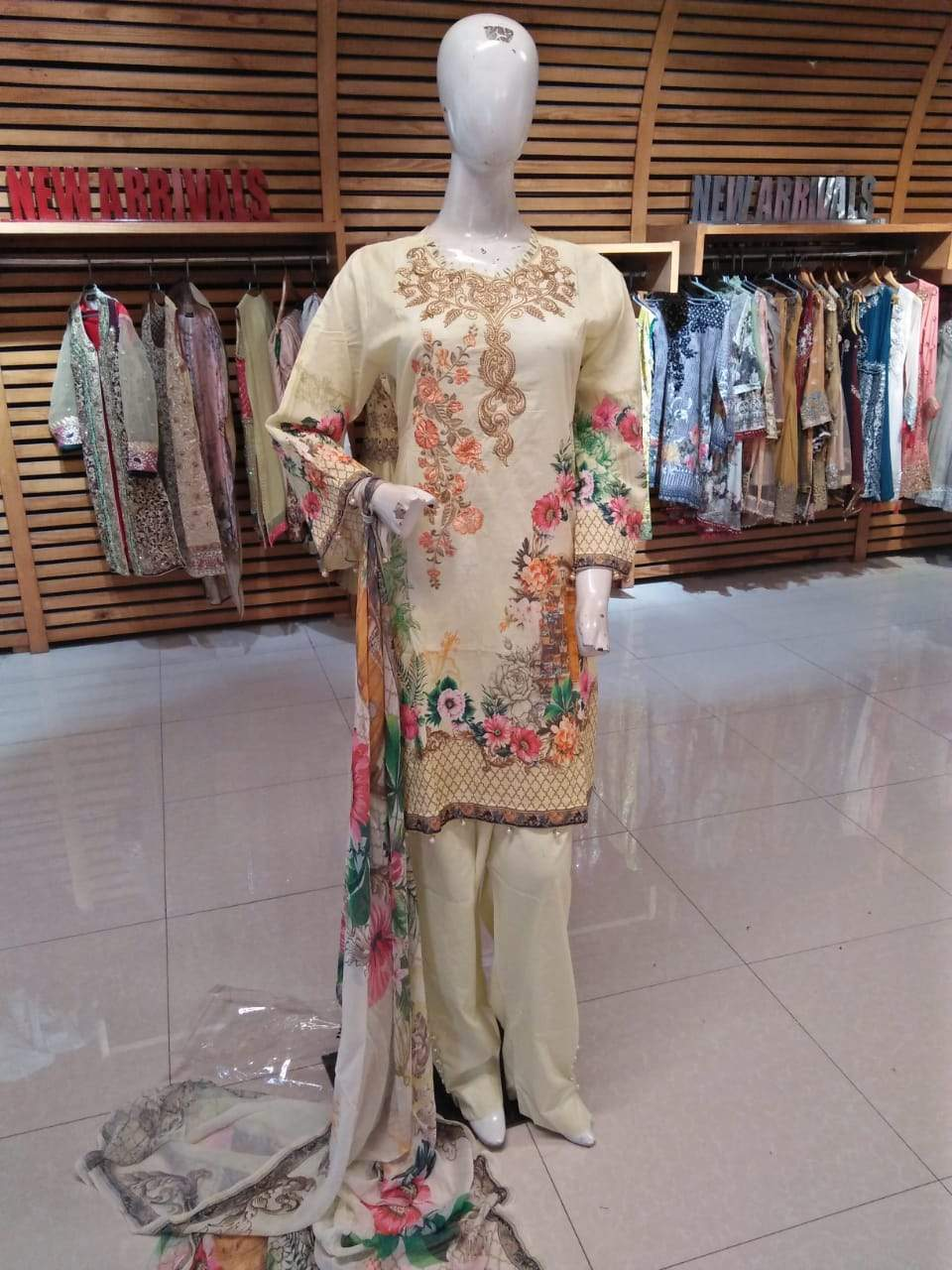 Miilady Lawn Stitched suit MC-5909 - Cream embroidered/printed kameez with chiffon dupatta