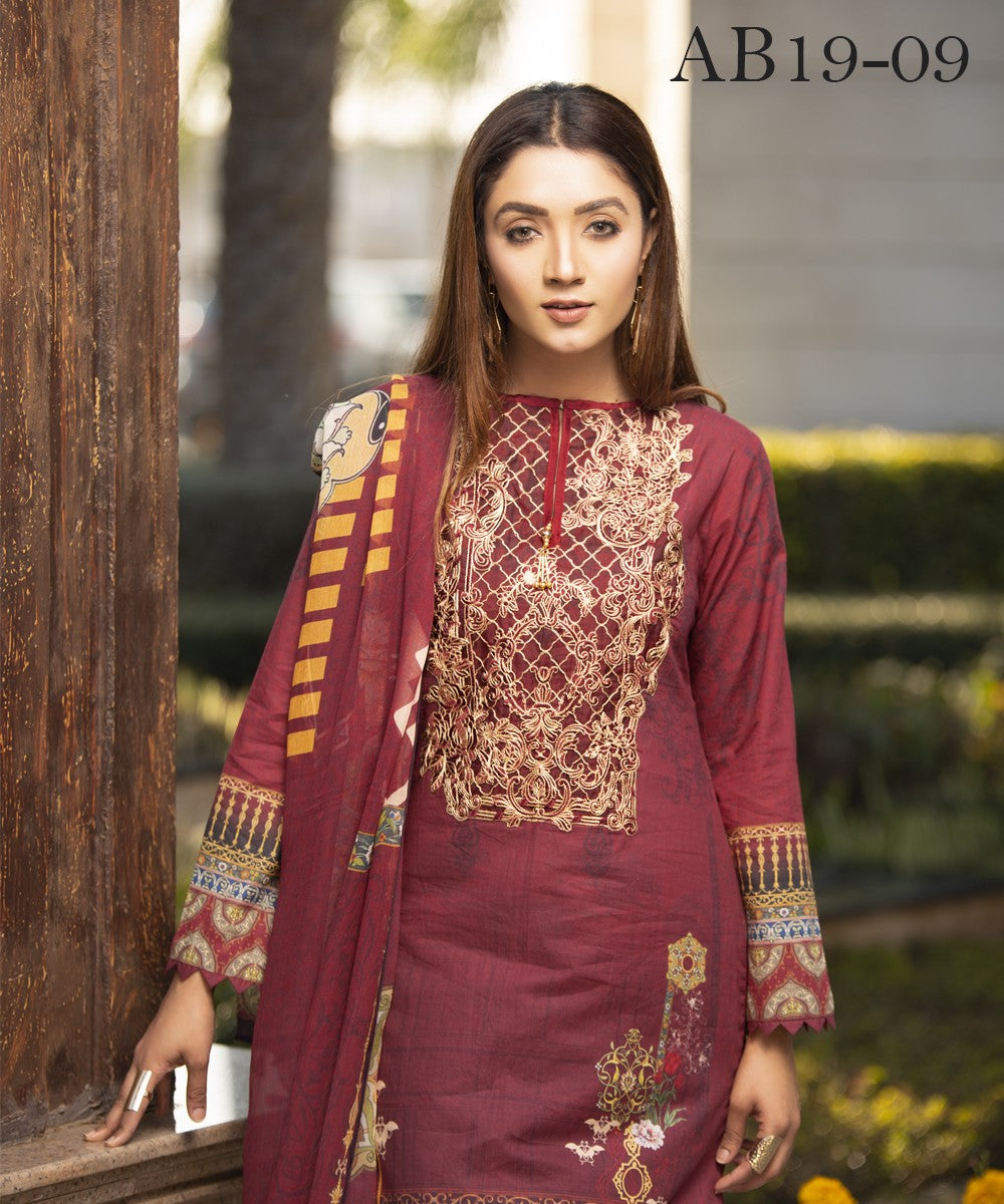 Mohagni Florence Digital Lawn Vol-1 2019 suit AB19-09 - Digital maroon lawn kameez, dyed bottom and printed chiffon scarf
