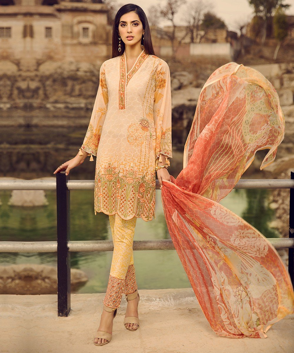 Mohagni Summer Lawn Vol-2 2019 suit MO-03
