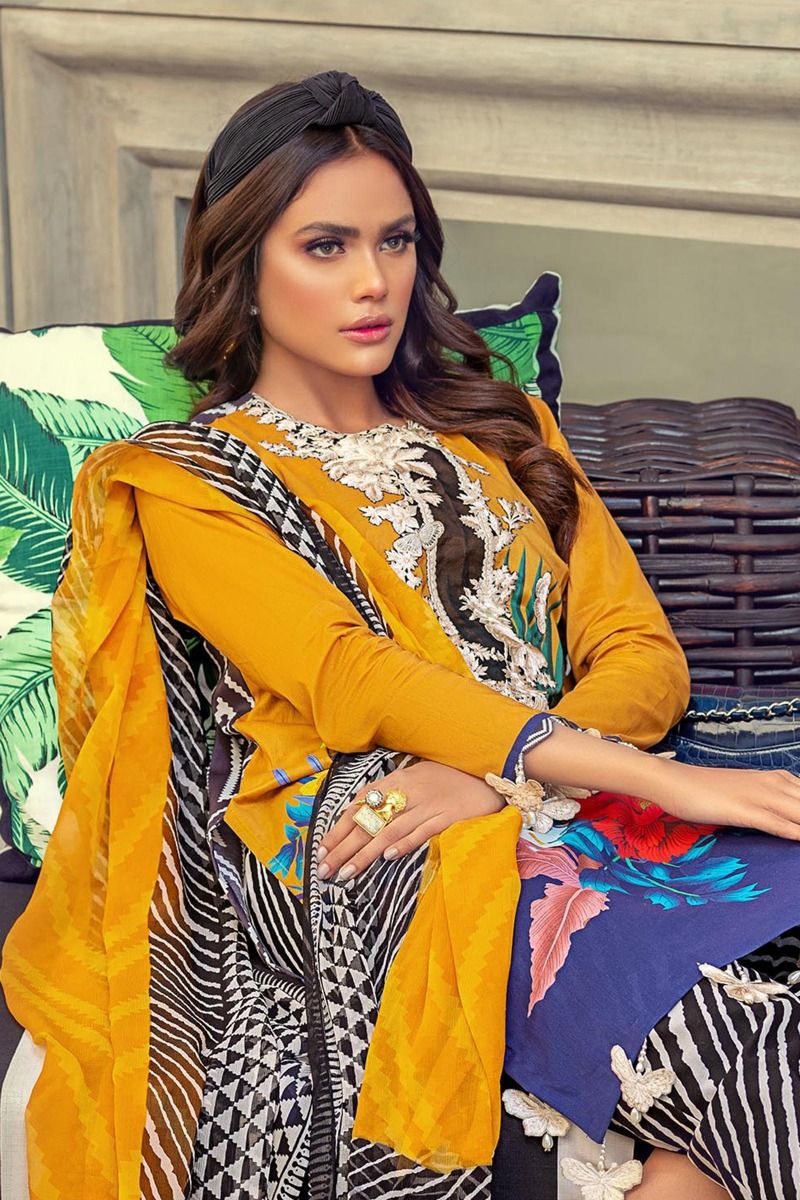 Sana Safinaz Muzlin Vol-1 2020 suit M201-017A - Embroidered mustard blue lawn shirt with chiffon dupatta