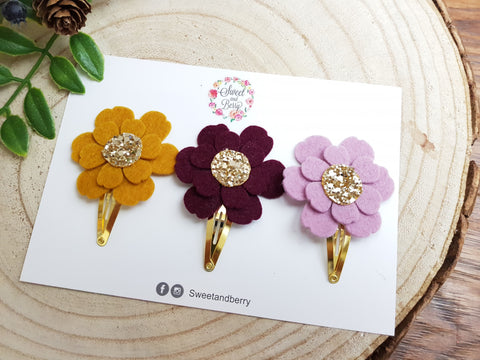 Flower clip set of 3 -  - Baby headband - Sweet and Berry