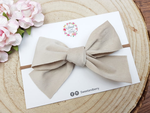 Tied Bow - velvet -  - Baby headband - Sweet and Berry