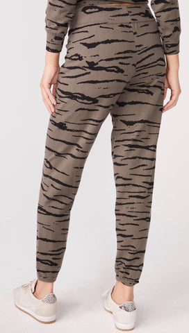 MONROW Cashmere Tiger Vintage Sweats Falcon Olive Green | ShopAA