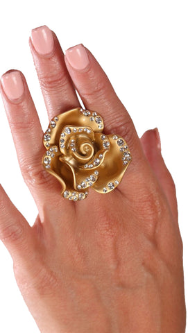 Jessyka Robyn Flower Ring in Gold
