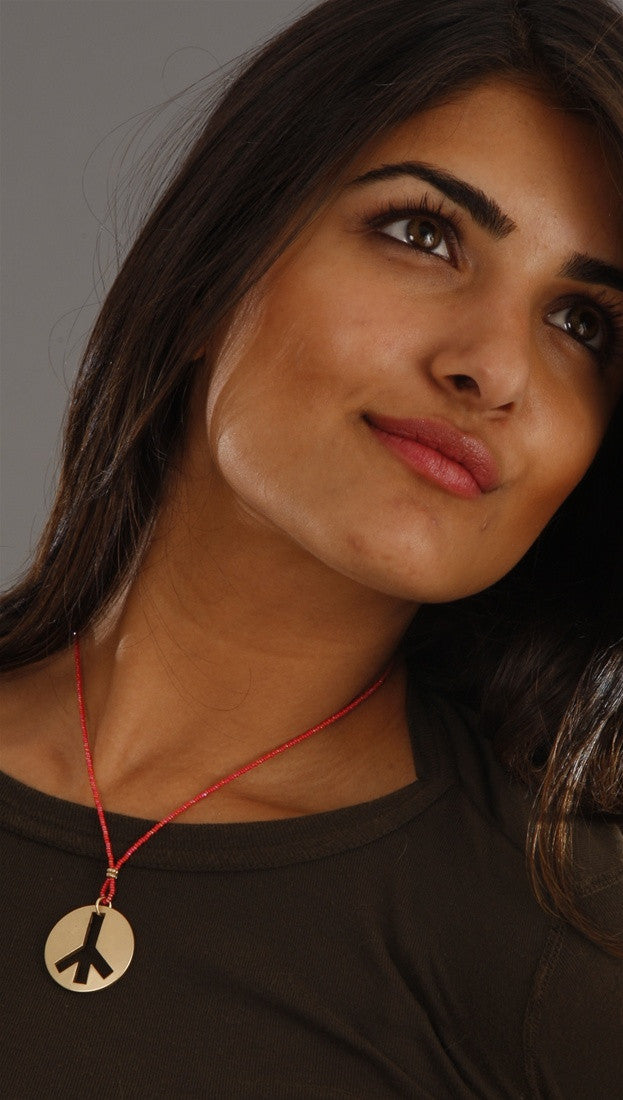 Apparel Addiction Jewelry Gold Brushed Peace Necklace in Red