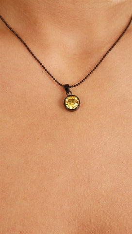 Apparel Addiction Jewelry Single Stone Necklace in Yellow