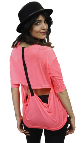 Funktional T-Back Tee in Neon Pink