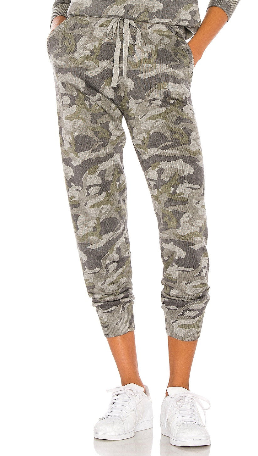 MONROW Camo Sporty Sweat Pants Grey Camouflage Army Skinny | ShopAA