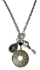 ShopAA Jewelry Photo Locket Charm Necklace in Vintage Silver