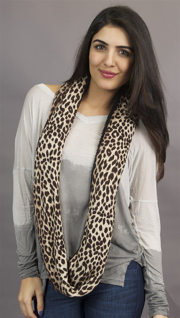 Kinkate Infinity Leopard Scarf in Brown