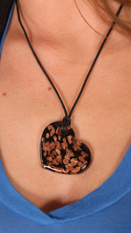 Lynnie B. Gold Shimmer Glass Heart Necklace Black
