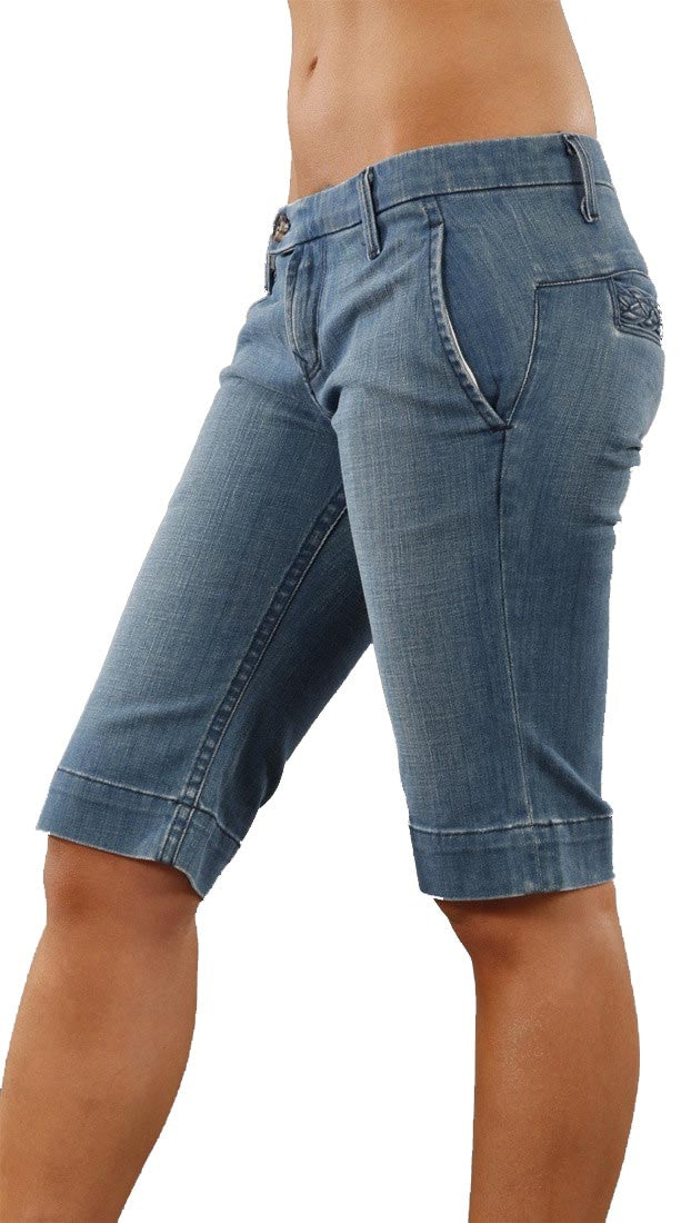Raven Denim Kat Capri Jeans Shorts in Cabana