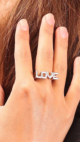 Soho Collection Love Design Basic Ring in Silver