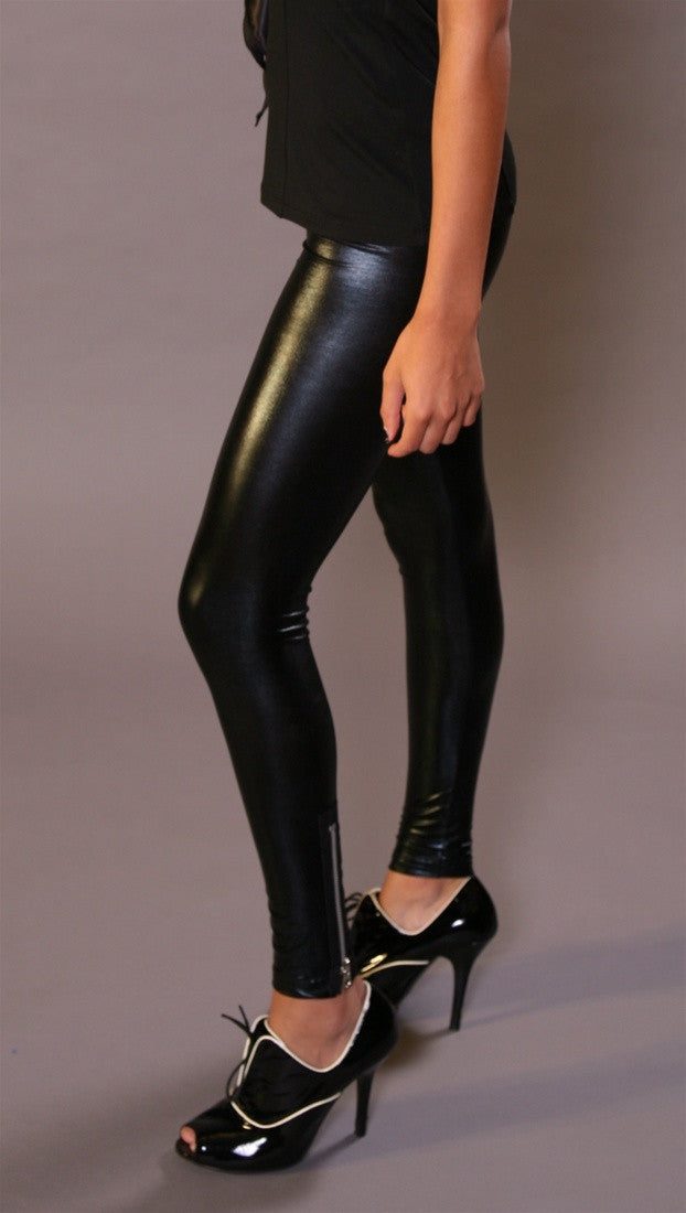 So Nikki Pleather Leggings w/ Zipper