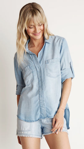 Bella Dahl Split Back Button Down Light Mist Wash Denim Blue I ShopAA