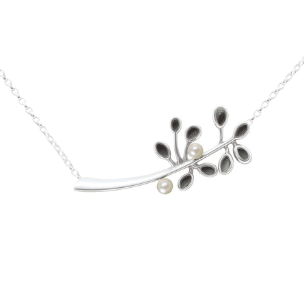 Cloudberry White Pearl Necklet