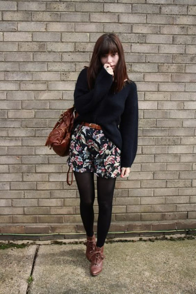 street style patterned shorts tights jumper