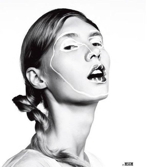 msgm campaign shot black and white weird makeup tipp-ex face abstract catwalk